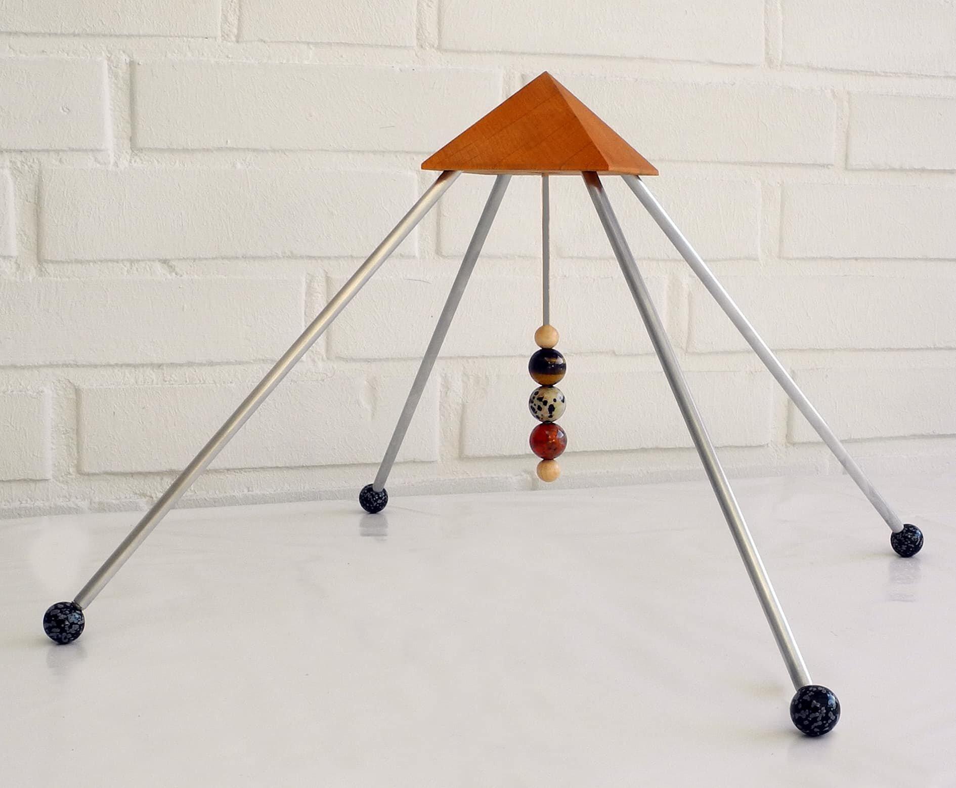 sternzeichen stier pyramide drei heilsteine die kraft der sternzeichen steine. Black Bedroom Furniture Sets. Home Design Ideas