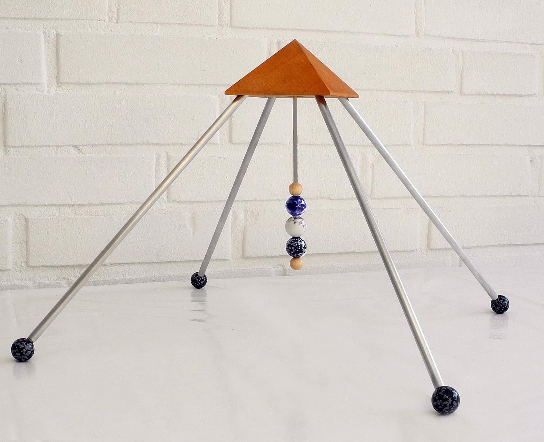 sternzeichen sch tze pyramide mit drei 16mm steine die kraft der sternzeichen steine. Black Bedroom Furniture Sets. Home Design Ideas